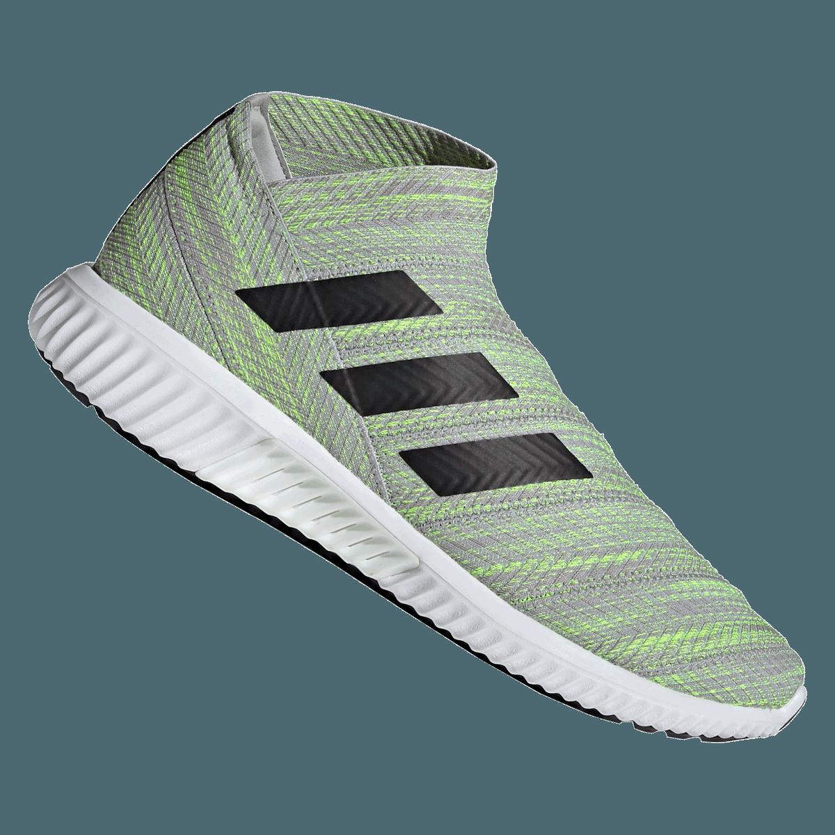 Ingyenes képek : fű, cipő, fehér, zöld, fekete
