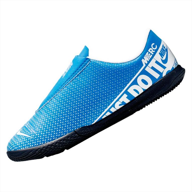 Nike Kinder Hallenschuh Mercurial Vapor XIII JR Club PS V IC hellblau/weiß