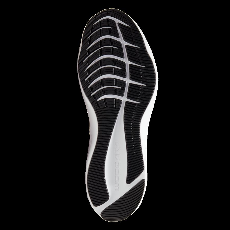 Nike Laufschuh Air Zoom Winflo 7 schwarz/weiß Bild 5