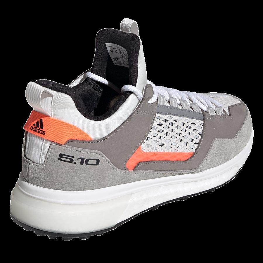 adidas Damen Schuh Five Ten Five Tennie Boost weiß/grau Bild 10