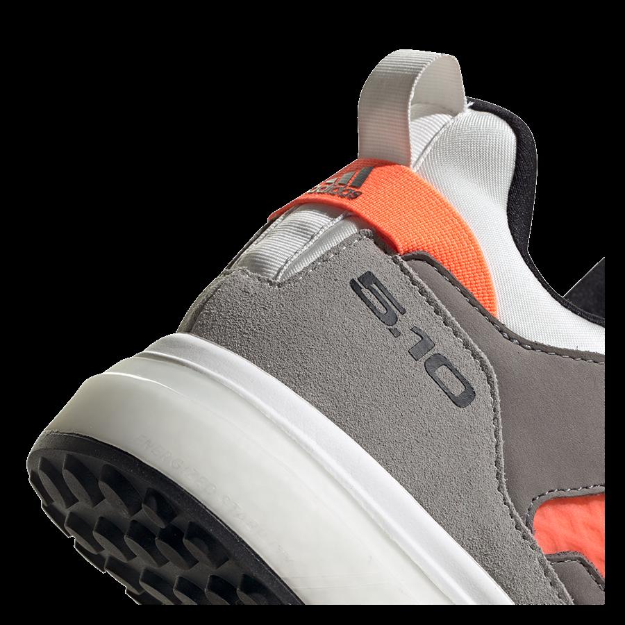 adidas Damen Schuh Five Ten Five Tennie Boost weiß/grau Bild 8